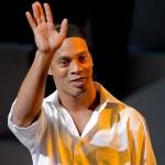Ronaldinho eilen seine Magie in Mexiko