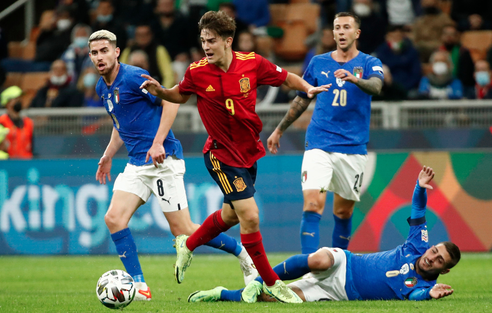 jugadores más jóvenes en debutar con una selección