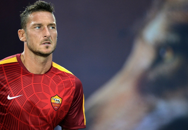 Il capitano sigue siendo el jefe de la Roma.