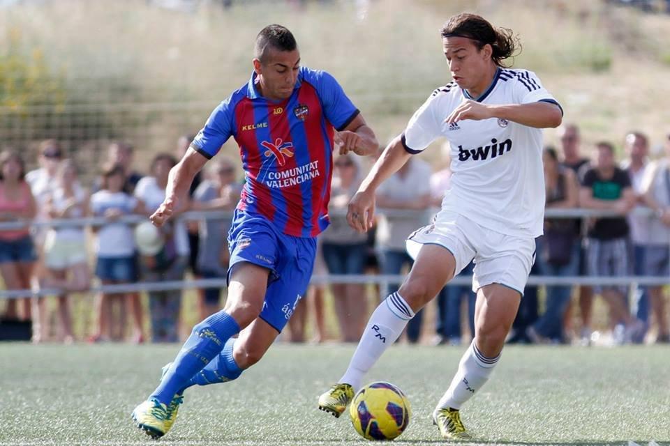 Camarasa ante Benavente en la Copa del Rey de juveniles de 2013.
