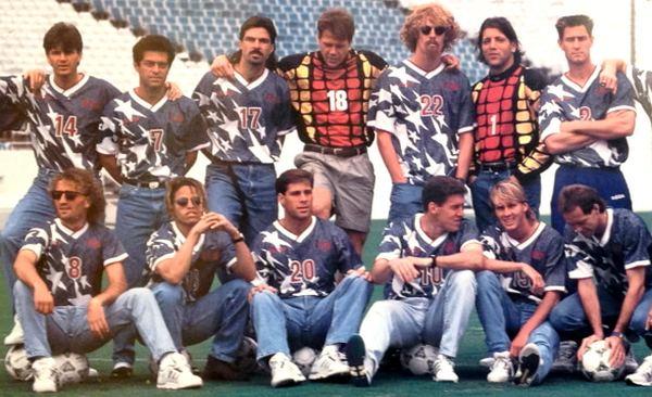 Con Lalas a la cabeza, USA vistió de esta guisa en el Mundial de 1994 donde por cierto vimos al último Maradona a gran nivel.