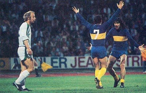 cosas que pasaron en el mundo del fútbol en 1977