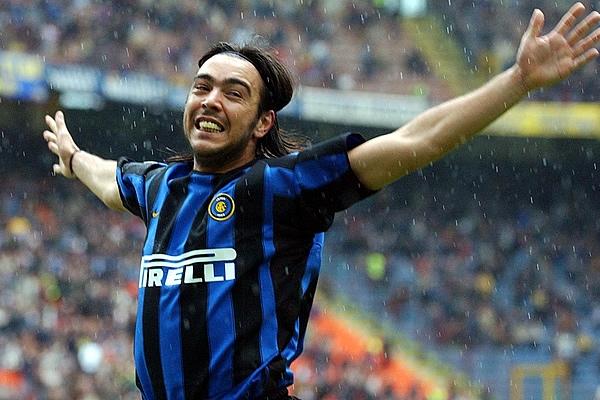 Chino Recoba pasó más de una década en el Inter.