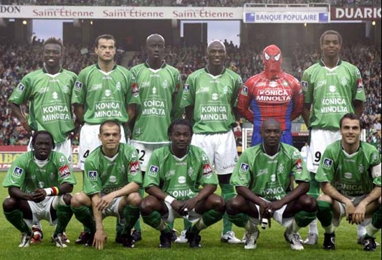 """Spiderman"" playing with the Saint-Etienne."