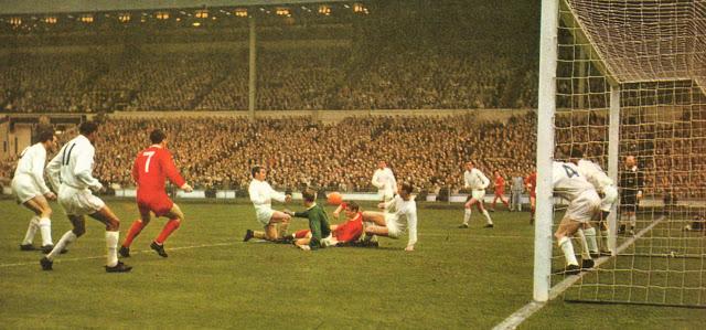 Un histórico como el Leeds nunca ha ganado un título europeo.