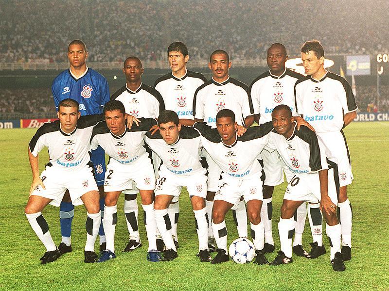fútbol en el 2000