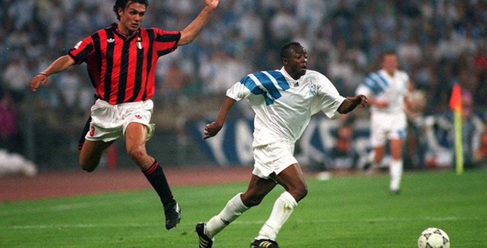 "Two mythical in a photo, Maldini y Abedi ""Pelé""."