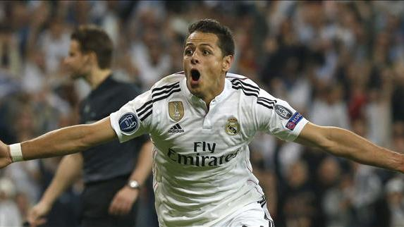 Chicharito became a hero by accident with this goal.
