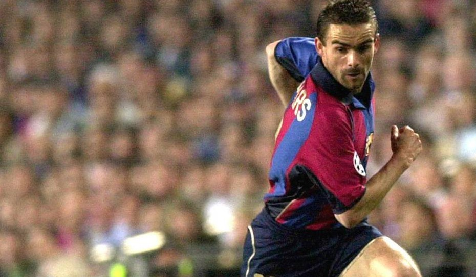 Lockere Pass von Marc Overmars Barcelona