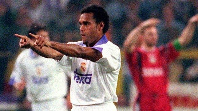 Karembeu was decisive for the conquest of the seventh.