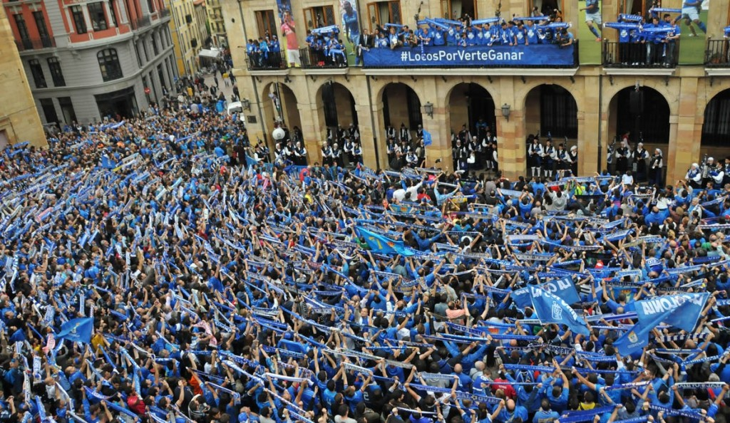 So they celebrated in Oviedo back to Second Division.