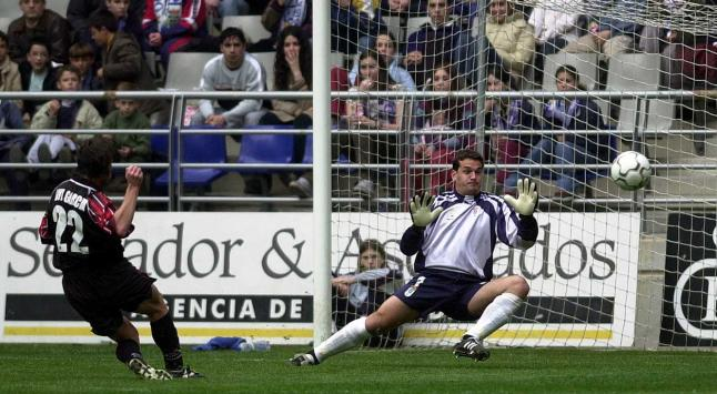Esteban when he defended the goal of Oviedo for more than a decade.