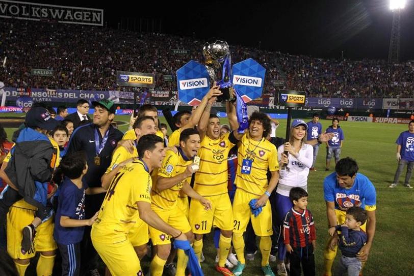 Cerro Porteño se proclamó campeón del Apertura 2015 en Paraguay.