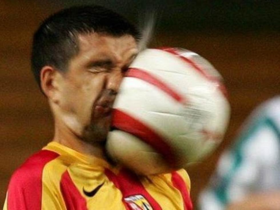 Top football pictures taken at the right time