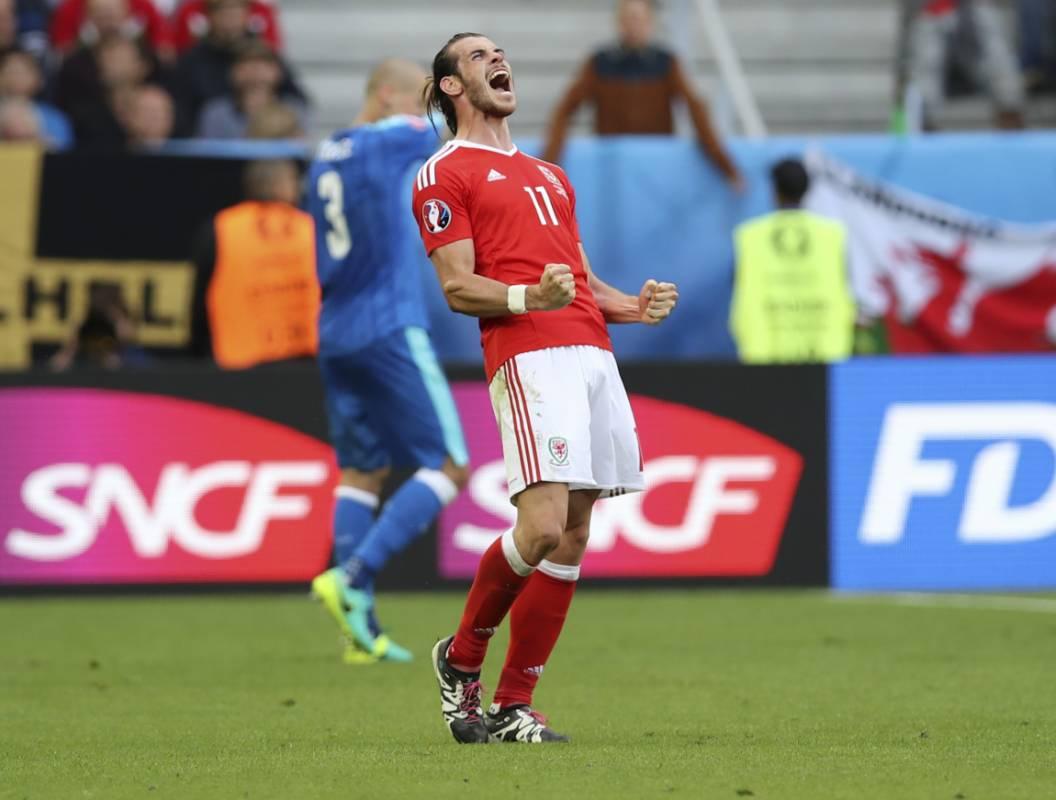 Gareth Bale marcó el primer gol de Galés en la historia de una Eurocopa.