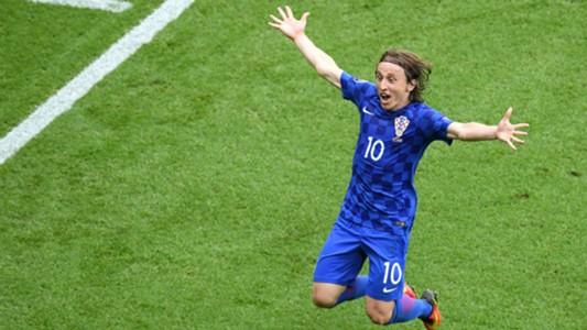 Modric marcó un golazo que le dio la victoria a Croacia en su primer partido.