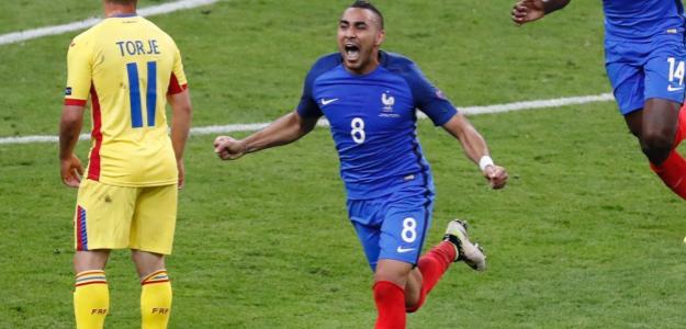 Payet le dio la primera victoria a Francia en el partido inaugural ante Rumanía en el último minuto de partido. Fue un golazo.