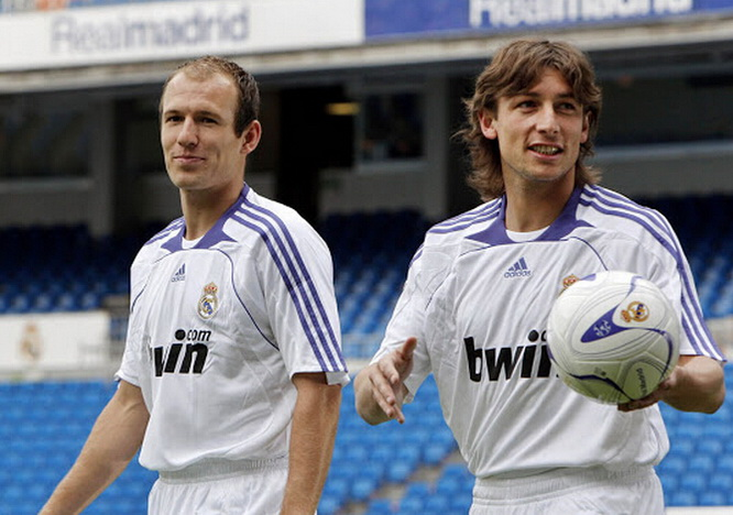 Robben and Heinze to Real Madrid 1st tee on 2007-08
