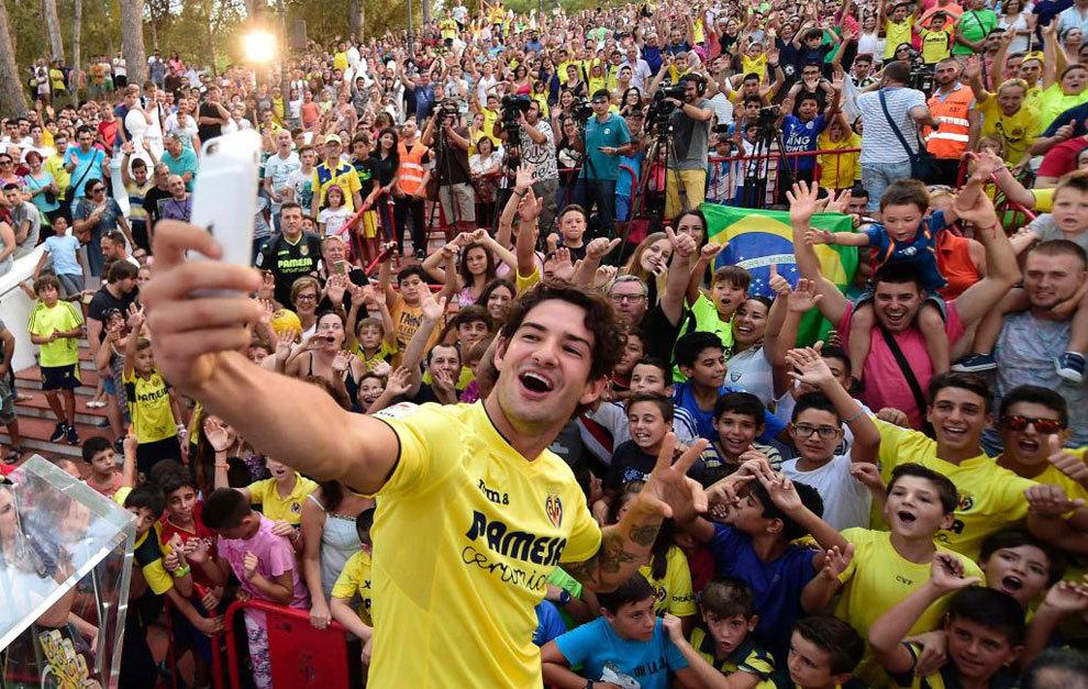 Pato en su presentación en el Villarreal.