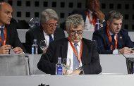 La FIFA sanciona a la RFEF de Villar