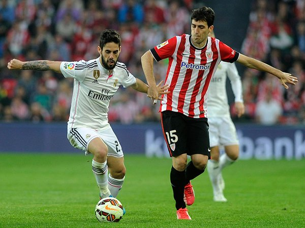 Andoni Iraola before Isco's shirt Athletic in what was his last season as a Lion.
