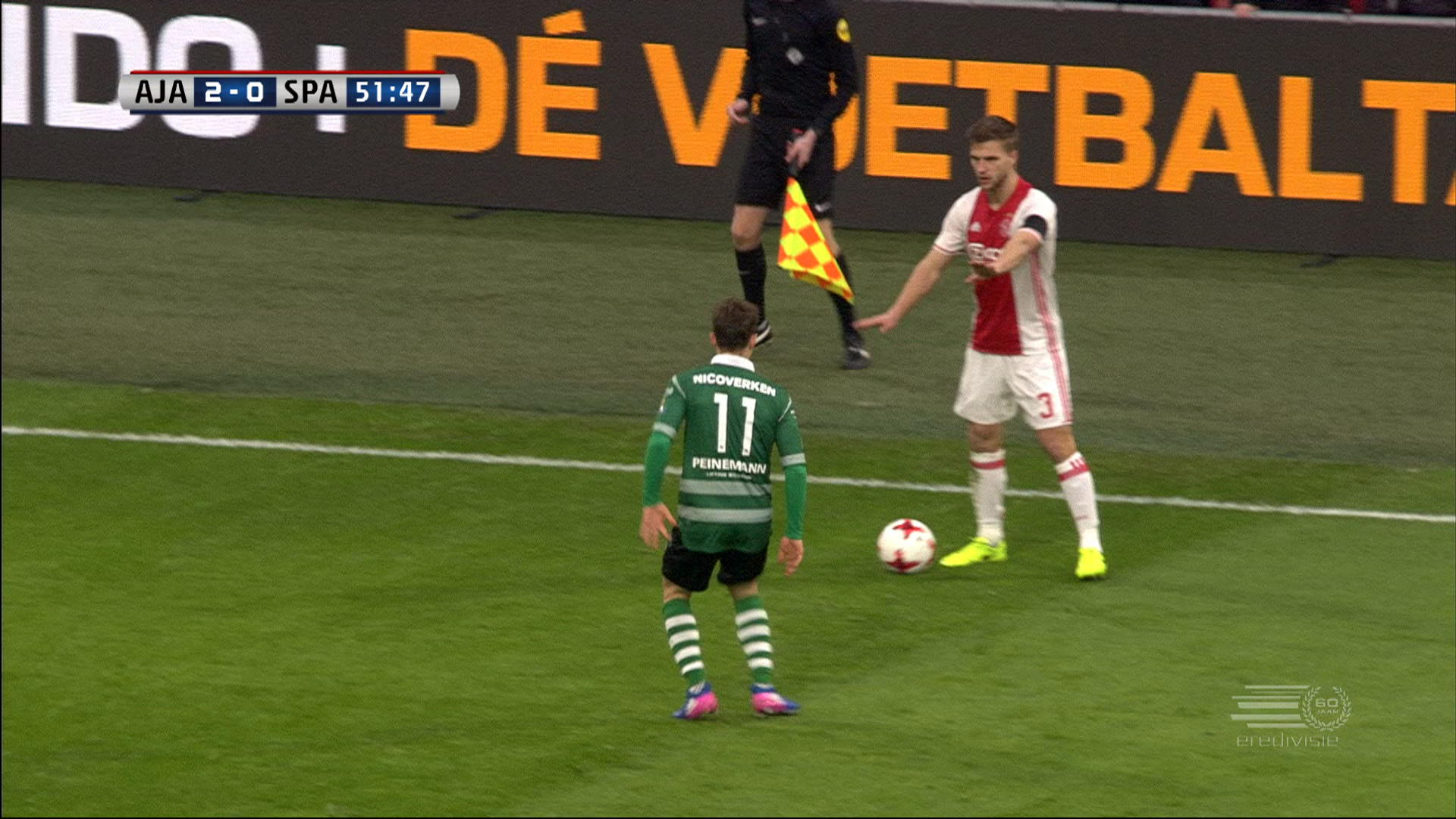 The Ugly unsporting gesture of a player from Ajax unworthy to social networks