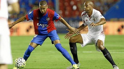El Palmeiras ficha a Deyverson del Levante y lo anuncia a las 2 de la madrugada hora española