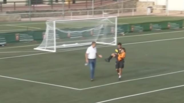 El bonito gesto de deportividad visto en un partido de benjamines entre Real Madrid y Sevilla