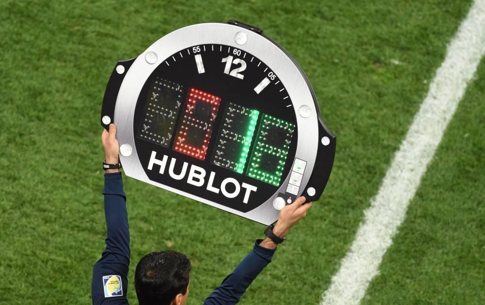 La UEFA aprobará el cuarto cambio en todas las competiciones bajo su mando