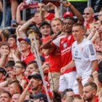 Ridle Baku, jugador del Mainz, vivió un día que jamás olvidará