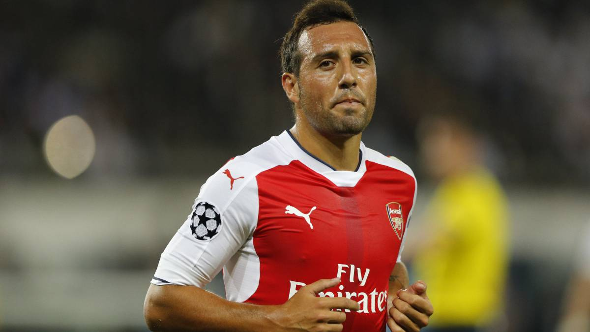 Santi Cazorla, year and a half of fighting an injury that remains unresolved