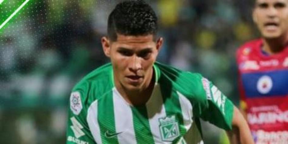 Jorman, jugador de Atlético Nacional, rompe a llorar después del partido de su equipo