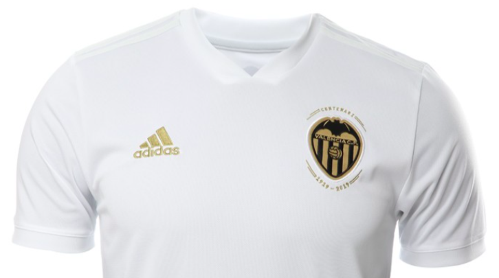 new style f689a b33e8 It filtered which could be the shirt Centennial Valencia CF