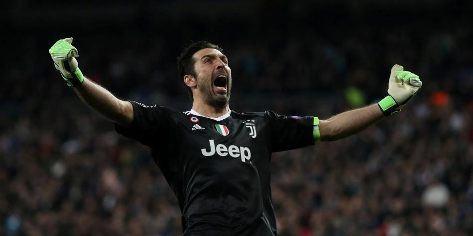 They tempt Buffon with the possibility of winning the Champions League before retiring