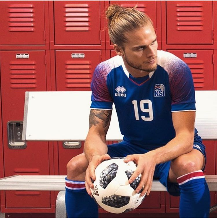 Iceland has revolutionized social networks in the World