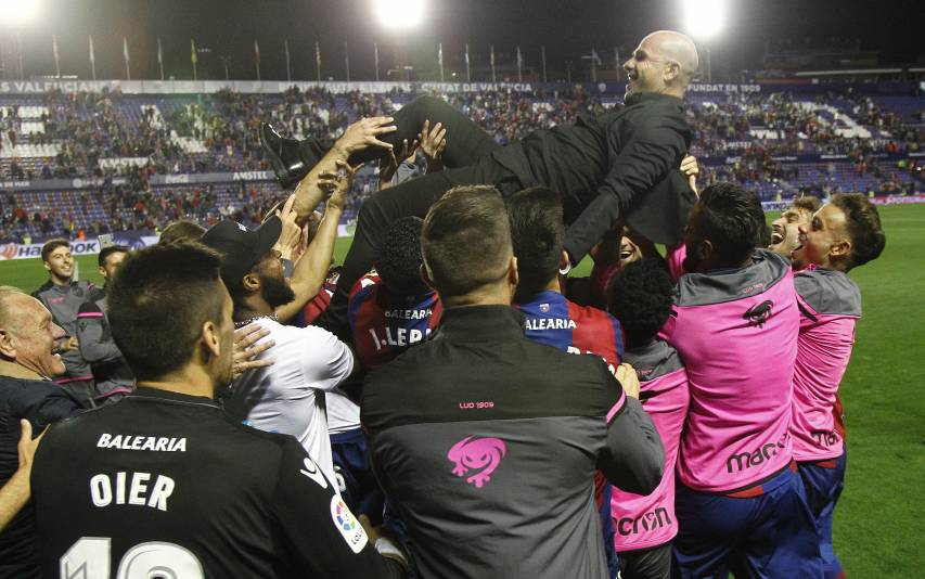 Paco Lopez, Levante coach with Champions numbers