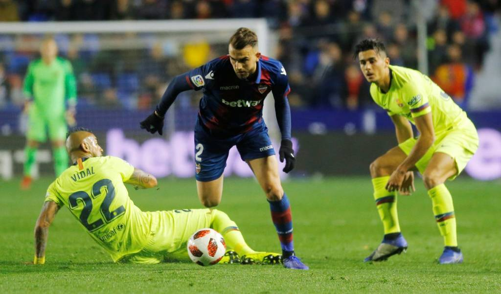 Ernesto Valverde forced to pull artillery against Levante