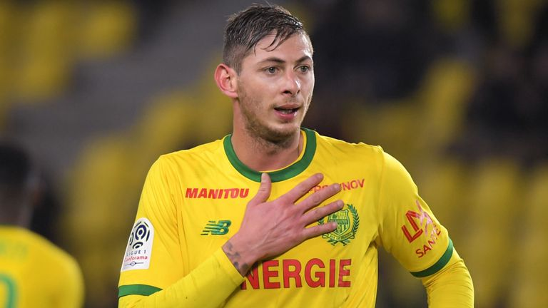 the plane he was traveling Emiliano Sala disappears, scorer in Ligue 1