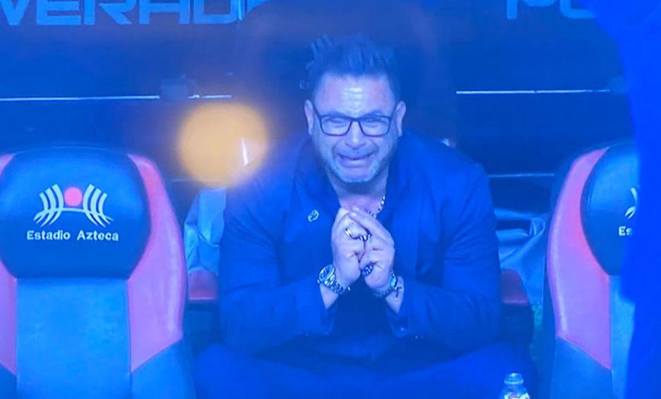 Antonio Mohamed crying