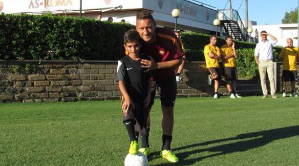 Pietro Tomaselli con Totti