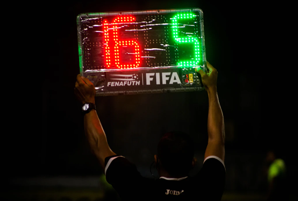 FIFA plans to use robots as referees in Qatar 2022
