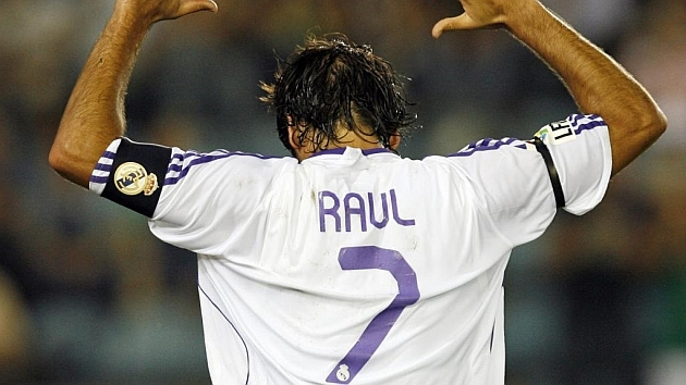 "Raúl González, few players defined as the ""7"""