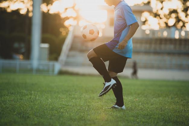 Las mejores botas de fútbol y fútbol sala para aficionados y niños