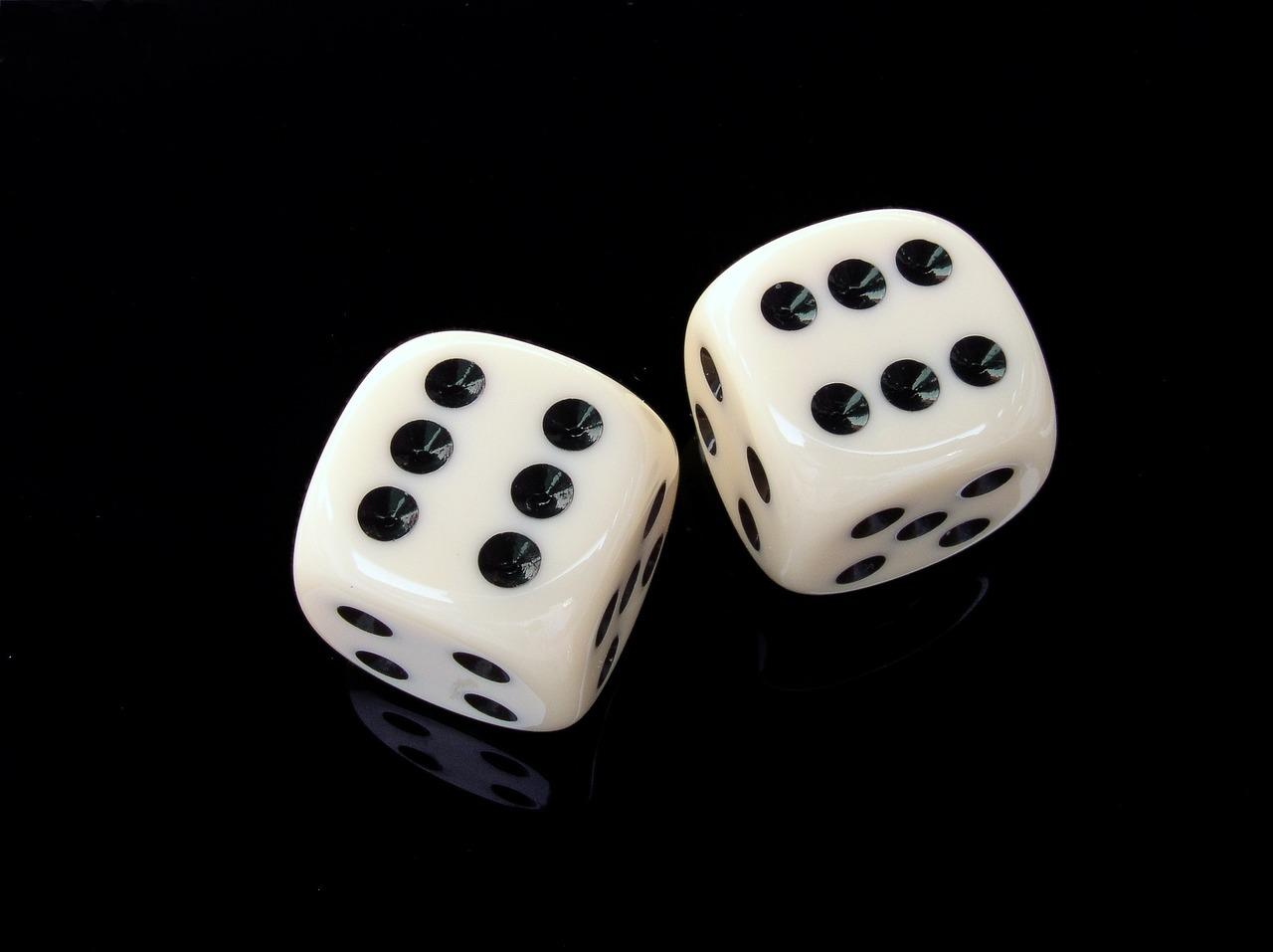 Poker y dados, una combinación perfecta para los juegos online