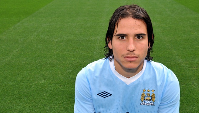 Gai Assulin con la camiseta del City.