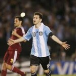 Argentina wins Venezuela Higuain with a brace and a goal from Messi